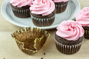 Frosted Chocolate Cupcakes
