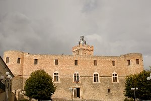 Piccolomini castle