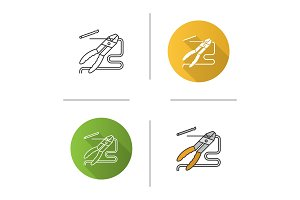 Combination pliers icon