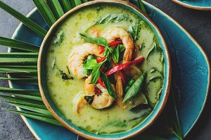 THAI SHRIMPS GREEN CURRY. Thailand