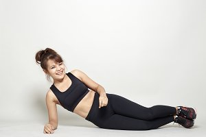 workout posture by a asian woman