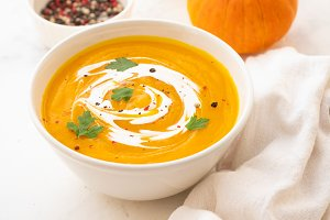 Pumpkin soup with cream and pumpkin