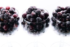 blackcurrant berries 2