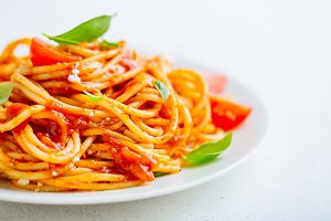 Pasta dish with tomato sauce