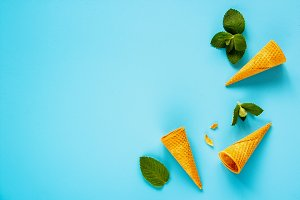 Cone with mint