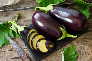 Fresh healthy raw Purple Eggplant on
