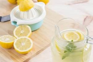 Squeezed lemonade