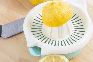 Squeezing lemons