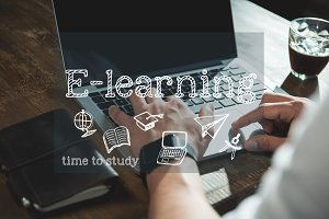 Man e-learning on laptop