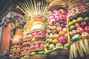 Traditional balinese offerings to