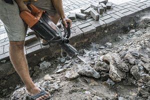 Workers use Electric Concrete