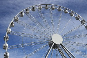 Fun wheel carousel