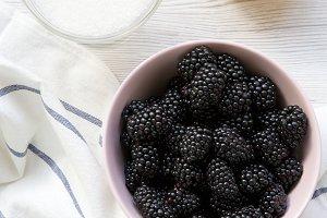 Ingredients for blackberries jam