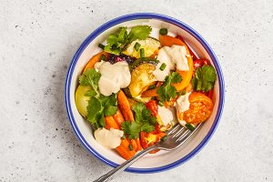 Salad with baked vegetables