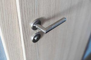 Door handle and inner lock on a