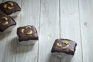 Chocolate brownies with cashew