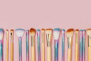 Border of makeup brushes