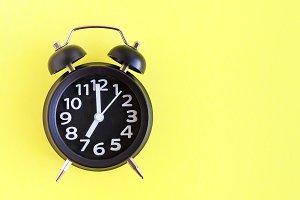Alarm clock with six o'clock