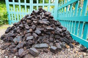 Mound peat