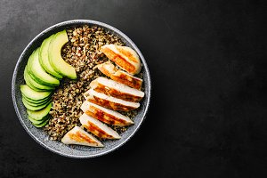 Bowl with quinoa, avocado, chicken