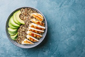 Bowl with quinoa, avocado, chicken