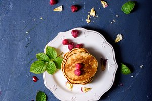 Pancakes with fresh raspberries and