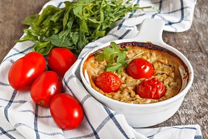 Casserole with zucchini, tomatoes an