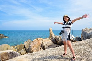 Woman tourist on Hin Ta Hin Yai view