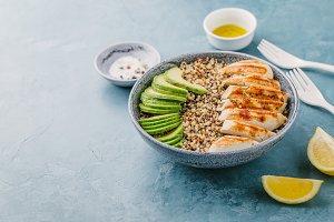 Bowl with quinoa, avocado and chicke