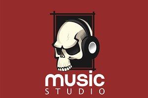Skull with headphones logo