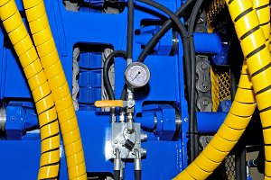 Equipment, the natural gas pipeline