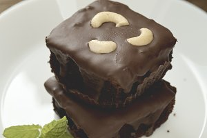 brownies topping with cashew nut