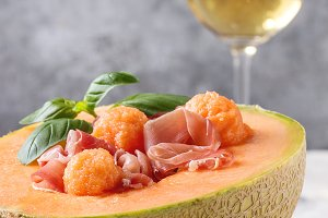 Melon and ham salad