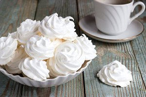 meringue cookies and coffee