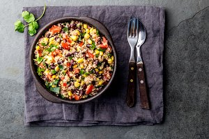 Mexican black bean corn quinoa salad