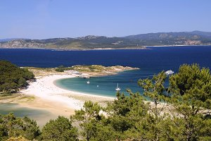 Rodas beach in Cies islands.