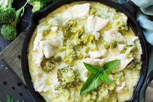 Healthy food: Chicken Stew with Broc