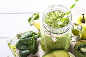 Green smoothie in mason jar.