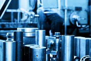 Industrial steel cylinders, pistons