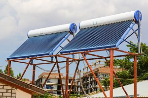 Vacuum solar cells for water heating