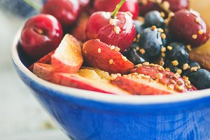 Smoothie breakfast bowl with fruit