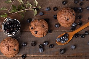 chocolate muffin with blackberry and