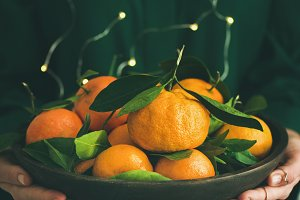 Fresh tangerine fruit in plate in