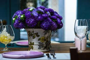 Rustic table setting with asters