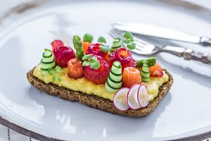 Danish smorrebrod with gravlax and