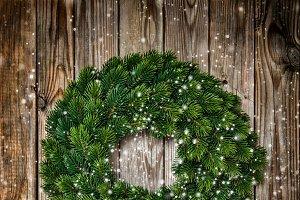 Christmas wreath decoration dark vin