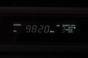 stereo FM radio display