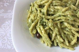 pasta with traditional pesto sauce