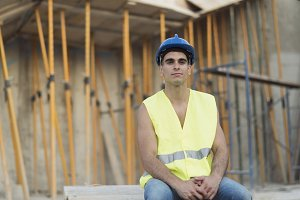 Young constructions worker having a