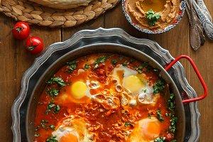 Tasty Breakfast Shakshuka in a Iron